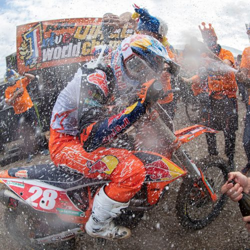 04.11.2020 TOM VIALLE SECURES KTM'S 13TH FIM MX2 WORLD CHAMPIONSHIP TITLE!